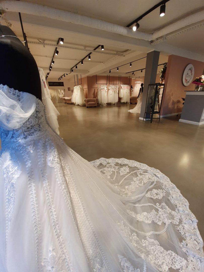 Großes Brautmodengeschäft Siegburg  Lamour Brautmoden